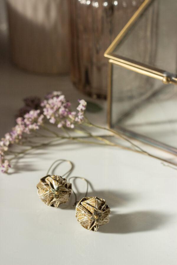 boucles d'oreilles origami boules dorées clémica
