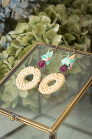 Boucles d'oreilles origami fleurs de lotus rotin clémica