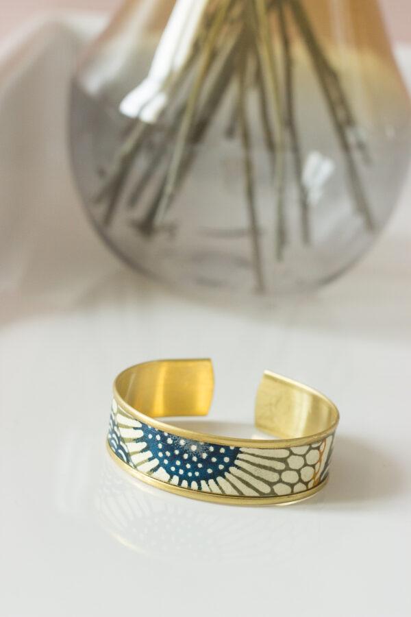 bracelet papier washi bleu kaki rebord doré clémica