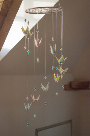 artisanat d'art en creuse artiste en creuse bijoux origami mobiles origami attrape-rêves origami clémica