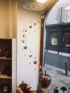 boutique artisans d'art en creuse artisanat d'art en creuse mobile origami clémica