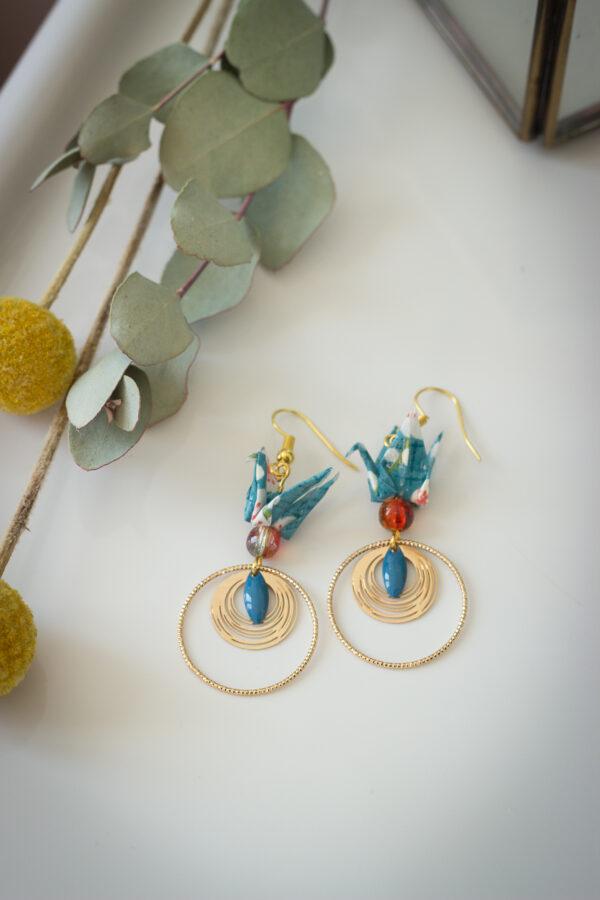 bijoux en origami, boucles d'oreilles origami, clémica, cadeau fête des mères, bijou original, bijoux fâte desmères, artisanat d'art en Creuse