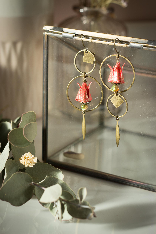 Bijoux origami uniques - collier en origami - créations uniques - cadeau fête des mères original - artisanat d'art en Creuse - Clémica
